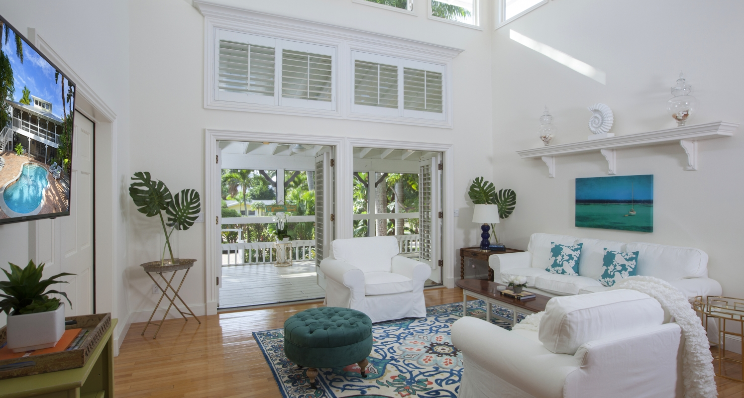 Family Room at 575 13th Ave S, Naples, FL 34102