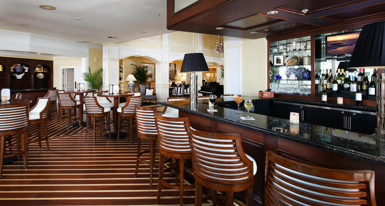 InnCognito's Lobby Bar