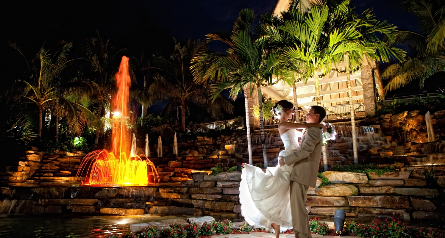 Any wedding set on at the Marco Island Marriott Beach Resort is guaranteed to be special. We want to ensure that every moment of your wedding experience is memorable.