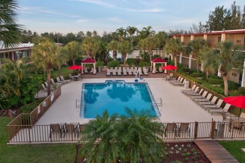 Red Roof PLUS & Suites