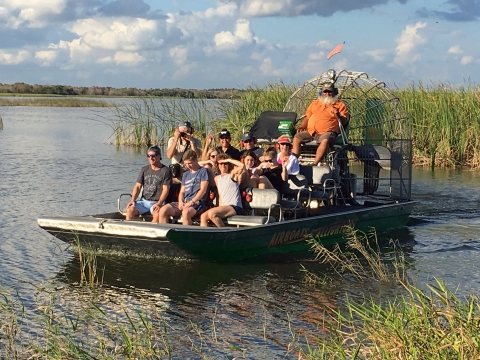 Airboat sightseeing tour