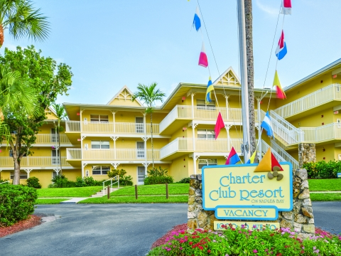 Charter Club of Naples Bay Front Entrance