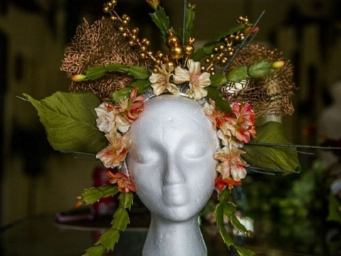 floromancy-headpiece.jpg