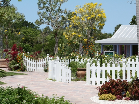 Find Your Bliss: Discover Wellness at Naples Botanical Garden