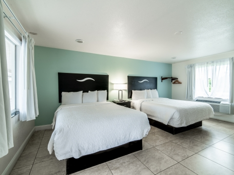 Everglades City Motel Queen Room