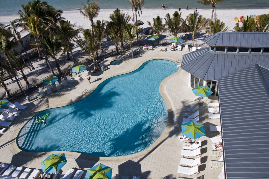 If You Have Not Yet Taken A Getaway This Summer Should Consider Heading To The Naples Beach Hotel Golf Club In Southwest Florida Take Advantage Of