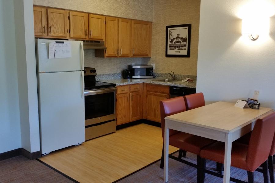 Full size kitchen