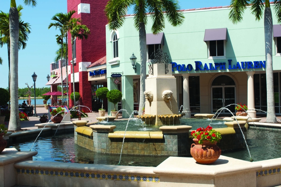 Restaurant Piazza at Miromar Outlets