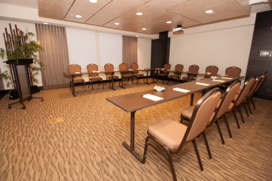 Keewaydin Meeting Room