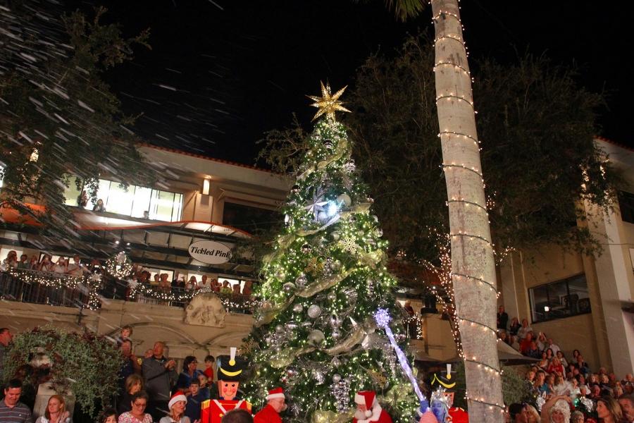 Christmas on third tree lighting snow celebration naples