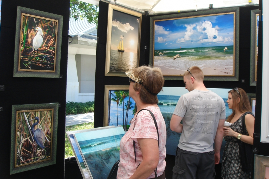 Artists from all over the nation showcase work at one of five major festivals from November - March.