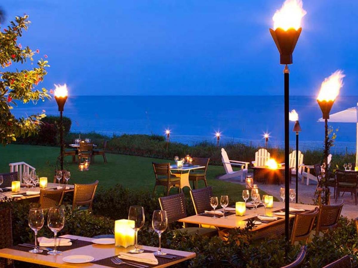 Baleen Restaurant Naples Marco Island Everglades