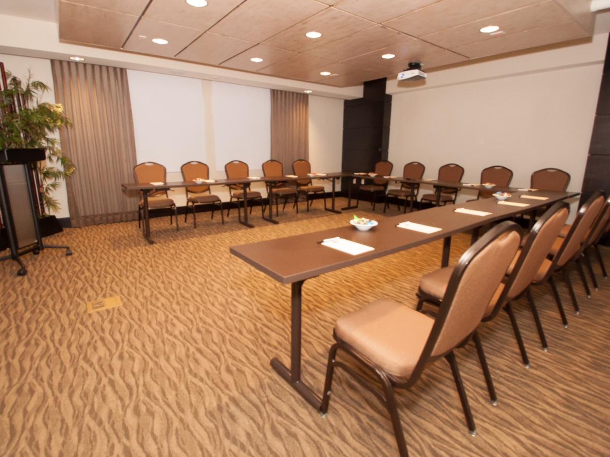 Keewaydin Meeting Room