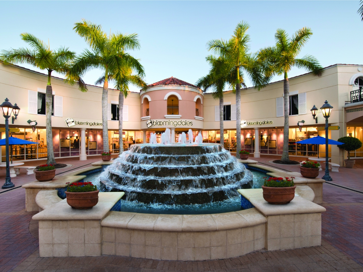 Bloomingdale's The Outlet Store at Miromar Outlets