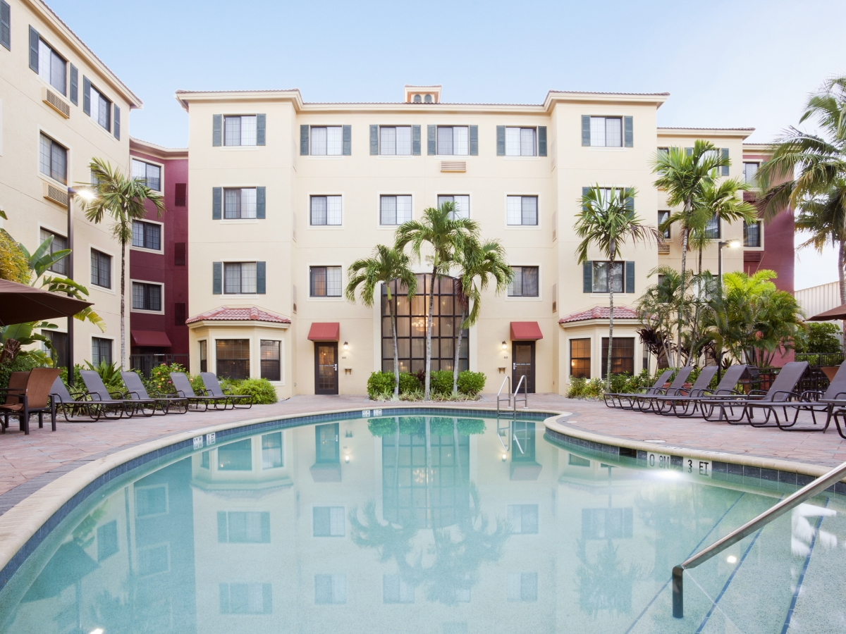 Naples, Florida Extended Stay Hotel