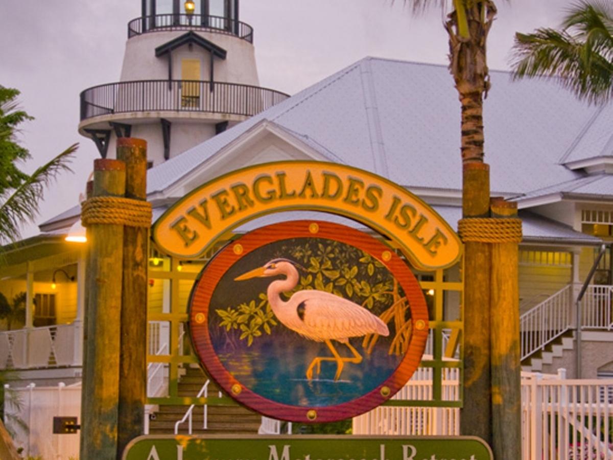 Everglades Isle Motorcoach Resort