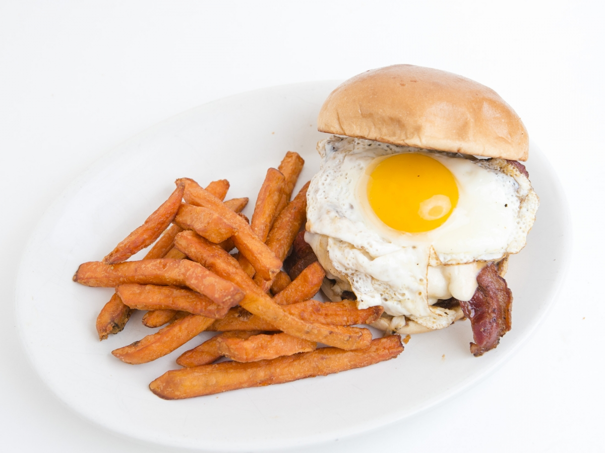 Todd's Way - Burger with Bacon and fried egg on top