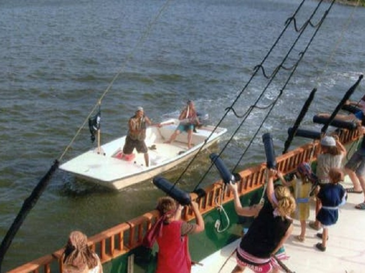 Black Pearl Pirate Tours | Naples, Marco Island & Everglades