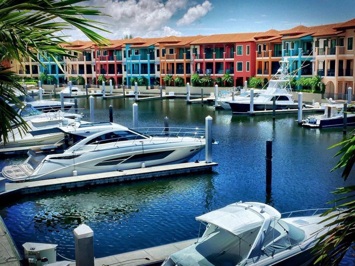 Marina at Naples Bay Resort
